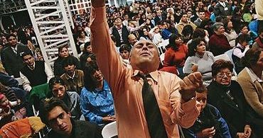 Pastores investem em previdência privada para evangélicos