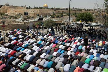 """Líderes Islâmicos pedem que muçulmanos se unam para """"tomar"""" Jerusalém"""