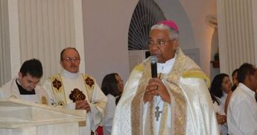 "Bispo que chamou homossexualidade de ""dom de Deus"" se explica"