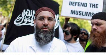 Terroristas Islâmicos Tiram Vantagem dos Benefícios do Sistema de Bem-Estar Social da Europa