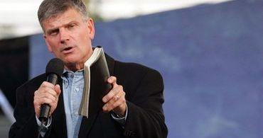 """""""Estamos vendo os sinais da volta de Cristo"""", afirma filho de Billy Graham"""