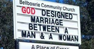 Ativistas LGBT ameaçam queimar igreja que defende família tradicional