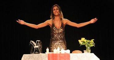 """""""Jesus transgênero"""": juiz barra peça por vilipêndio e ultraje ao culto"""