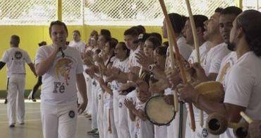 """Movimento negro reclama de capoeira gospel: """"apropriação cultural"""""""