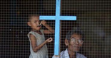 Minorias cristãs são massacradas por budistas em Mianmar