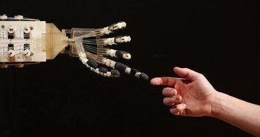 Ex-engenheiro da Google cria religião para adorar inteligência artificial