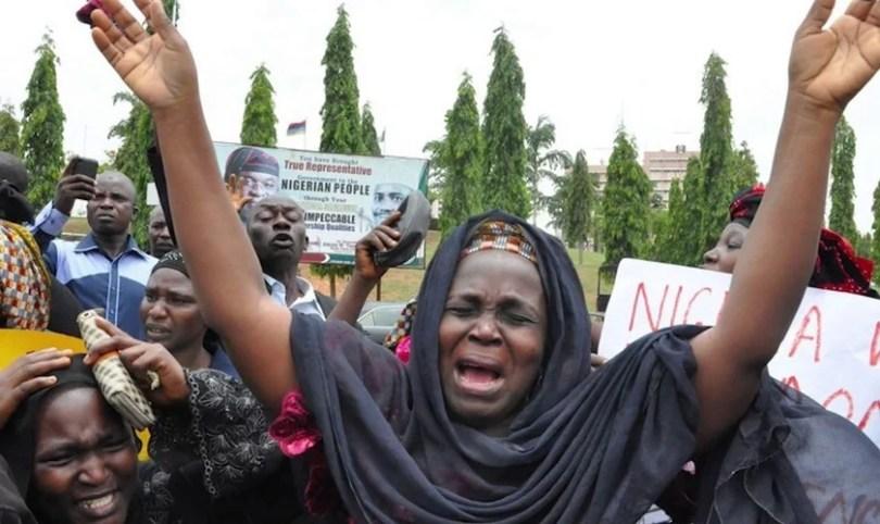 Muçulmanos radicais invadem aldeia e matam nove cristãos, na Nigéria