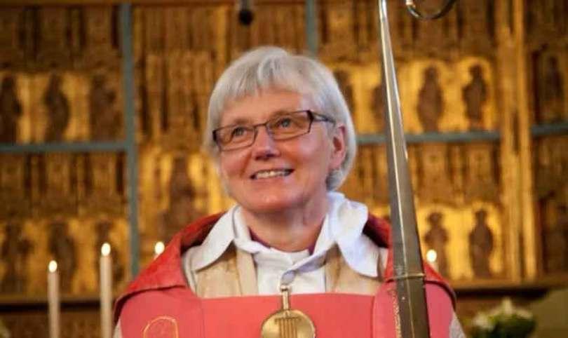 """Em busca da 'igualdade de gênero', Igreja da Suécia deixa de usar """"Ele"""" para se referir a Deus"""