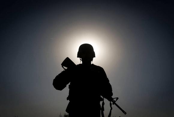 O Partido da Guerra avança implacavelmente
