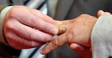 Senado vota hoje projeto de lei que pode reconhecer união gay como família no Código Civil