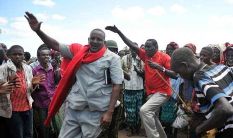 Líder muçulmano se entrega a Jesus e arrisca a própria vida pelo Evangelho, na Somália