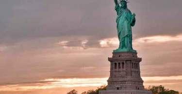 Estátua da Liberdade, uma maldição pagã-islâmica nos EUA?