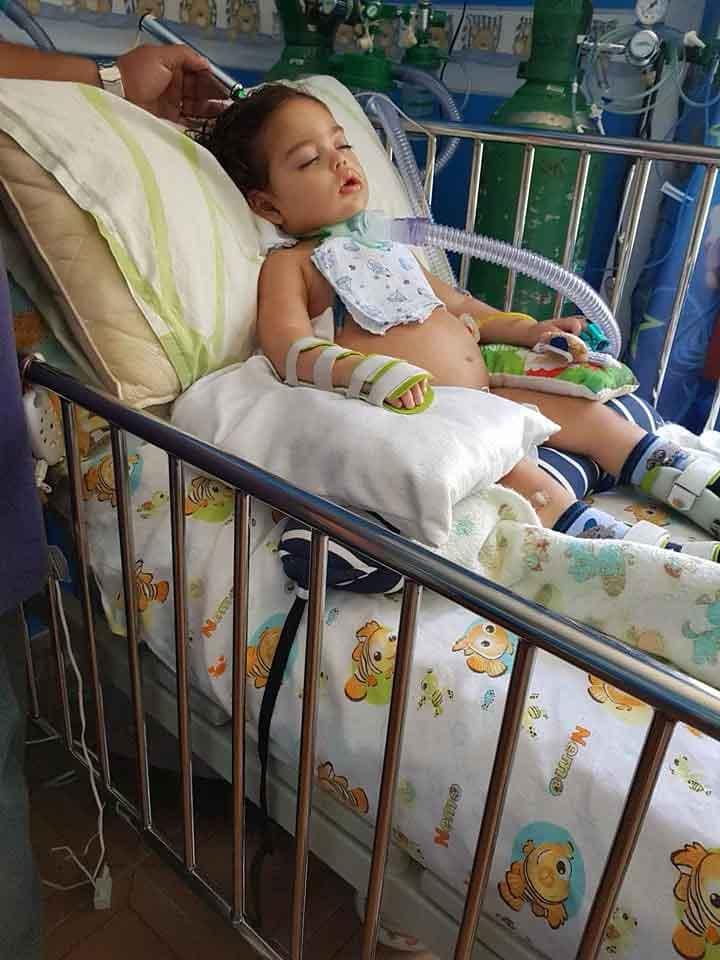Jorginho permaneceu em coma por mais de 80 dias, masestá avançando nos tratamentos. (Foto: Reprodução/Facebook)