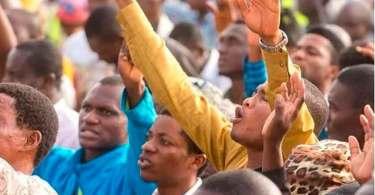 Mais de 800 mil pessoas se entregam a Jesus, após cruzada evangelística na Nigéria