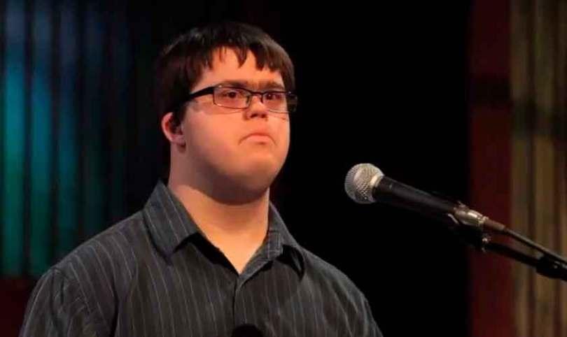 """Jovem com Síndrome de Down realiza sonho de fazer missões: """"O Espírito Santo me ajuda"""""""