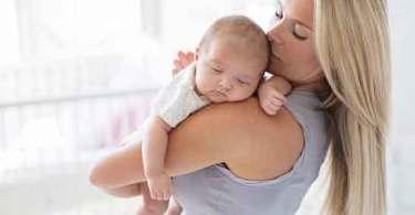 Psicoterapeuta alerta acerca de epidemia de mães que trabalham fora produzindo filhos mentalmente doentes