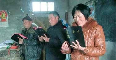 """Cristãos resistem à crescente perseguição na China: """"Dificuldades nos fazem olhar para Deus"""""""