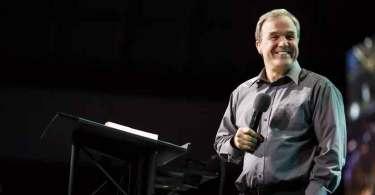 """""""O maior avivamento do Brasil está à nossa frente"""", diz pastor Mike Bickle"""