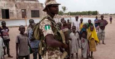 Exército da Nigéria liberta mais de mil reféns do Boko Haram, incluindo mulheres e crianças