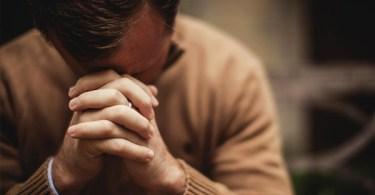 Existe evidência de que Deus responde às orações?