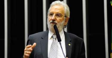 Deputados usam homenagem a Jerusalém para mostrar apoio do Brasil aos palestinos