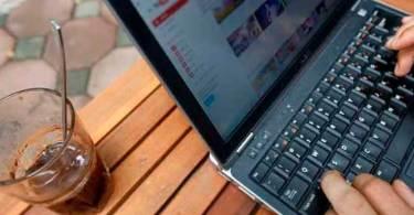 Cristãos do Vietnã perdem liberdade religiosa na internet com nova lei