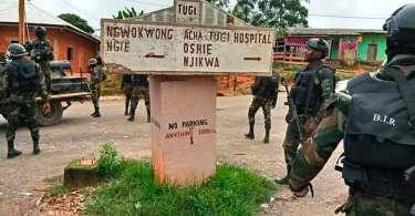 Militares tomam igrejas e interrompem missões após aumento de violência em Camarões