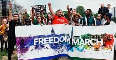 """""""É mais que um gay se tornar hétero, é um perdido ser salvo"""", diz ex-gay sobre conversão"""
