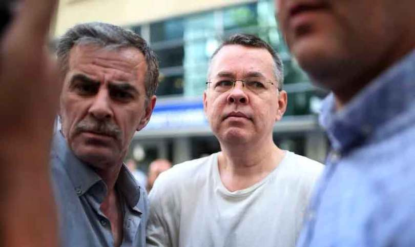 Turquia pode libertar pastor após julgamento em outubro