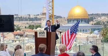 Pastor americano ligado a Trump vê Bolsonaro como defensor de Israel