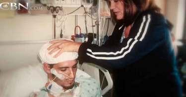 Jovem que teve pescoço perfurado em acidente sobrevive após orações da família