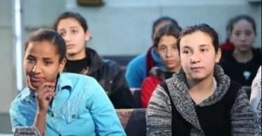 """""""É a primeira vez que nos sentimos humanas"""", dizem garotas em estudo bíblico no Egito"""