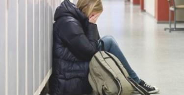 Diretora de escola da Alemanha sugeriu que menina cristã usasse véu islâmico para se proteger de bullying