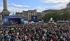 Milhares de cristãos se reúnem em Londres para celebrar o Dia de Pentecostes