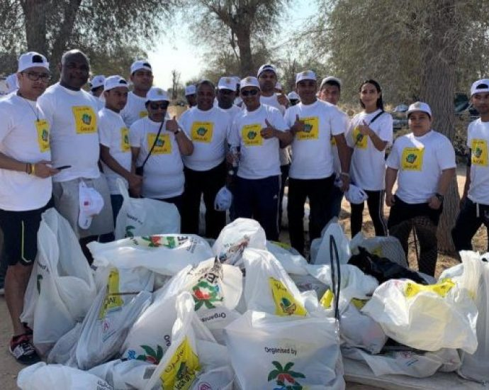 Two Seasons Hotel Dubai supports the Clean Up UAE drive organized by EEG