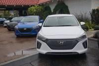 Hyundai_Ioniq_2017_15