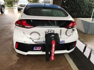 Hyundai_Ioniq_2017_4