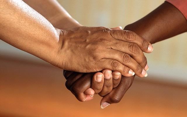 ALREDEDOR DE UNO DE CADA CUATRO TRABAJADORES ESTADOUNIDENSES DIO DE BAJA PARA ATENDER A UN FAMILIAR GRAVEMENTE ENFERMO
