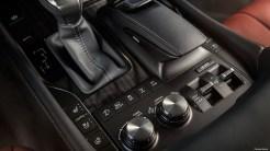 Lexus-LX-570-2017_3