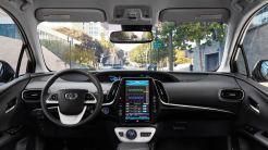 Toyota_Prius_Prime_Advanced_2017_5