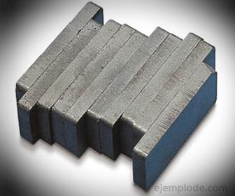 Ejemplo de Materiales Magnticos