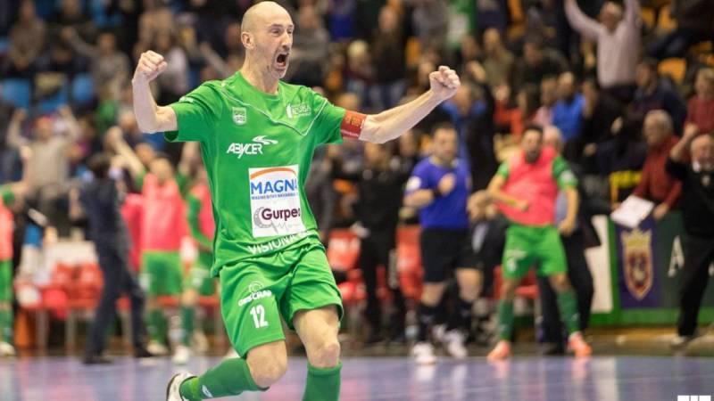 Javier Eseverri, jugador de C.A. Osasuna Magna