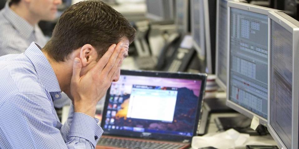 Investors take cover in u00 toprated German debt