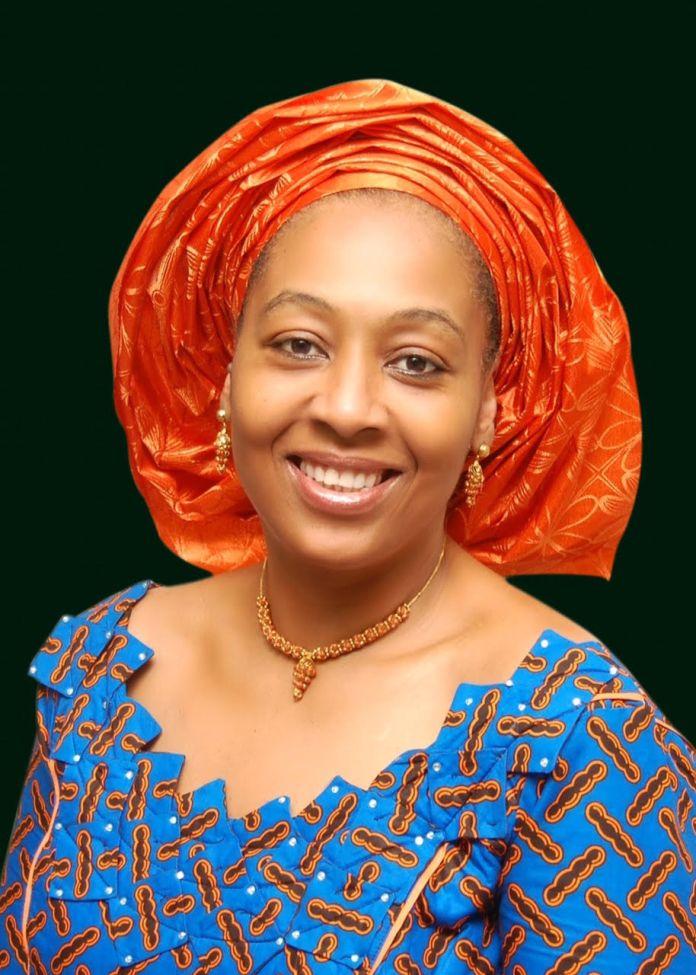 Lady Chidi Alexander Onyemelukwe, Ekwueme