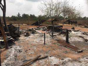 VIDEO: Angry Youths Set Fulani Settlement Ablaze In Ogun