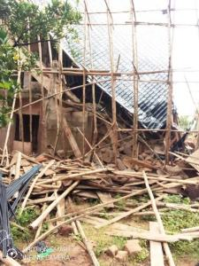 20 Escape Death, 4 Rescued As Buildings Collapse In Anambra