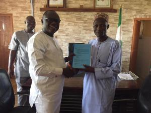 (L-R) Mr. Peter Danjuma Averik handing over to the new overseer Alh. Ibrahim Dayyabu at the Council's secretary in Kafanchan kaduna state.