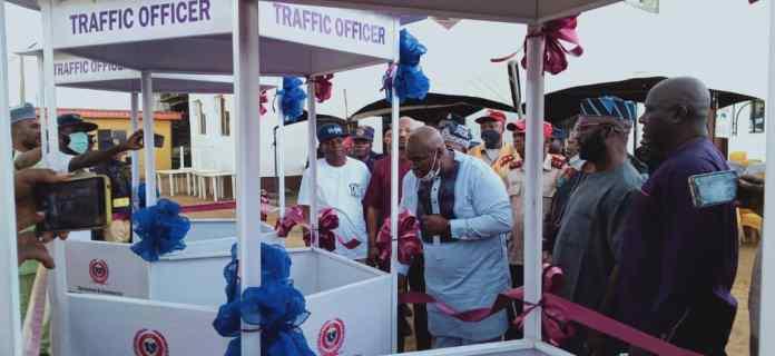 Eid-El-Kabir: Epe Club Donates Traffic Booths To Security & Safety Agencies