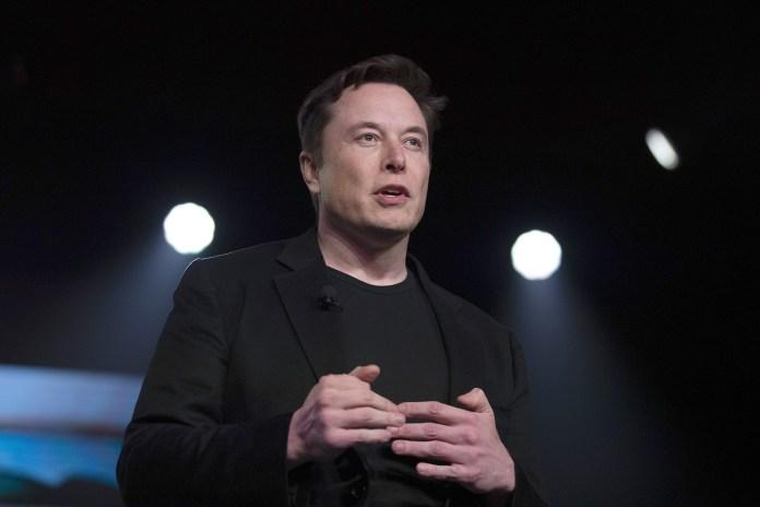 Elon Musk Mocks Jeff Bezos as He Extends Lead as World's Richest Man