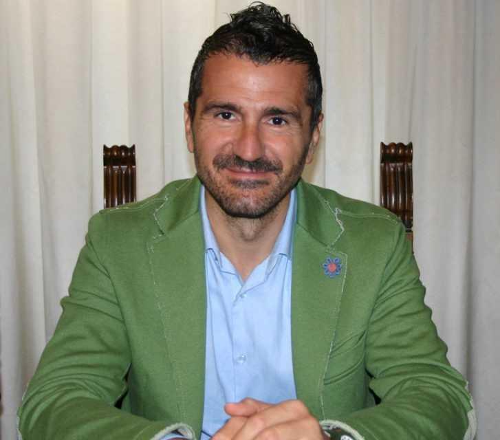 Teramo, Maurizio Verna festeggia i 20 anni in Consiglio